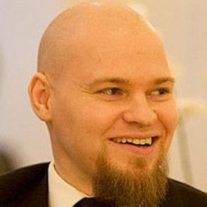 Mads Eriksen Headshot