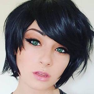 Kayla Erin 1 of 5