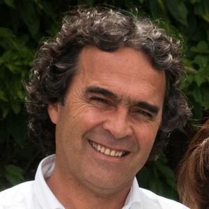 Sergio Fajardo Headshot