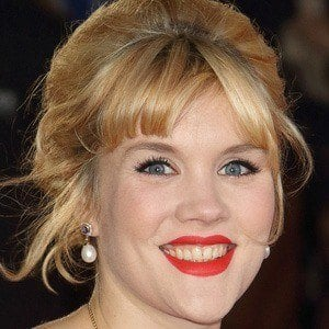 Emerald Fennell - Bio, Facts, Family | Famous Birthdays