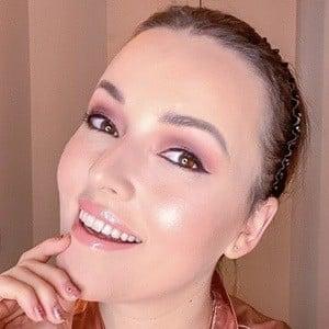 Mascha Feoktistova 1 of 6