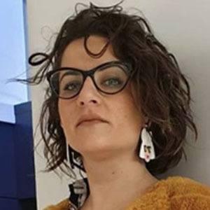 Elisa Fernández Headshot 1 of 5