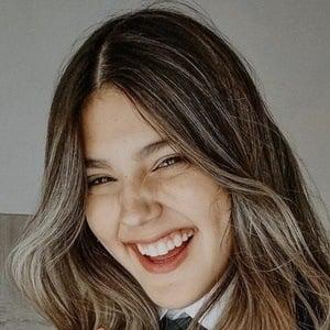 Tatiana Fernández 1 of 5