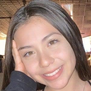 Jessica Fernandez 1 of 10