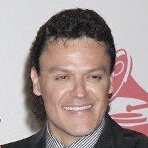 Pedro Fernández 1 of 2