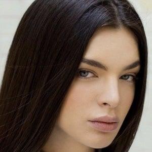 Nadia Ferreira ️ Headshot 1 of 10