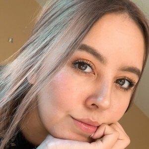 Katia Ferrer Headshot 1 of 10