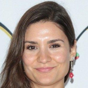 Tatyana Figueiredo 1 of 4