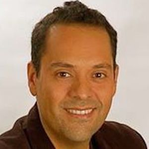 Iván Filio Headshot