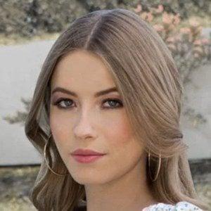 Daniela Flores Headshot 1 of 10