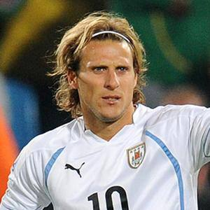 Diego Forlán 1 of 3