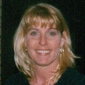 Lori Fullington Headshot