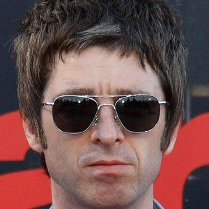 Noel Gallagher 1 of 10
