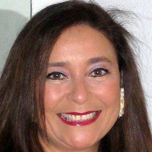 Karina Galvez firma