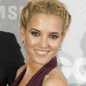 Ana Fernández 1 of 4