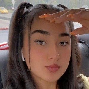 Daniela Garces Headshot 1 of 10