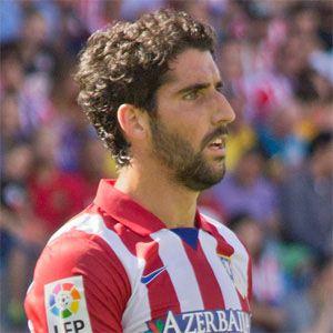 Raúl García Headshot