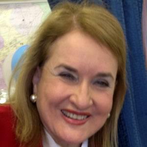 Sylvia Garcia Headshot