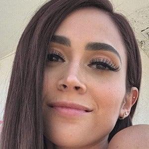 Valeria Garri 1 of 4