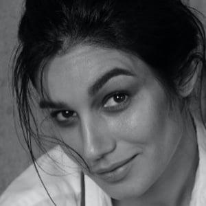 Mariela Garriga Headshot 1 of 10