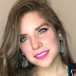 Aracely Stefania Garza 1 of 6