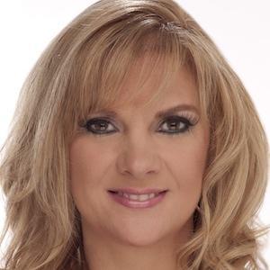 Mor (Melissa Gisoni)