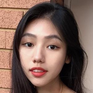 Jewel Goh 1 of 2