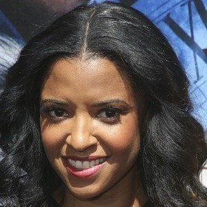Renee Elise Goldsberry 1 of 8