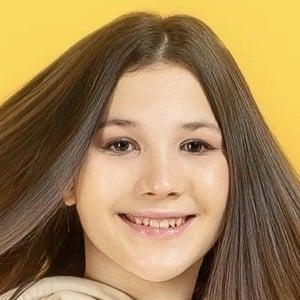 Daniela Golubeva 1 of 8