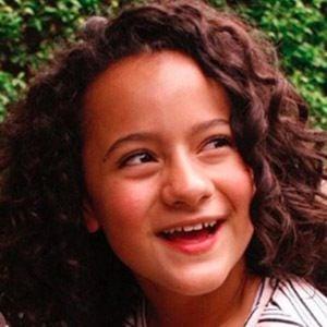 Ximena González Headshot 1 of 4