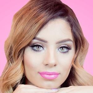 Thania Gonzalez Headshot