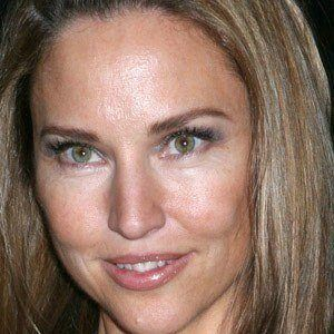 Jill Goodacre 1 of 5