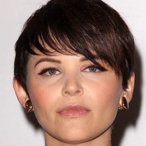 Ginnifer Goodwin 1 of 9