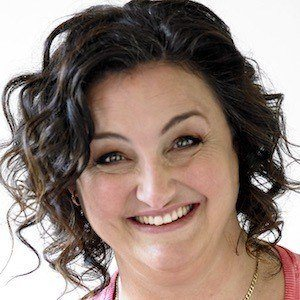 Julie Goodwin Headshot 1 of 2
