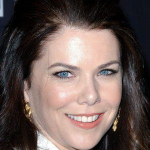 Lauren Graham 1 of 10