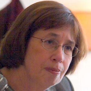 Linda Greenhouse Headshot
