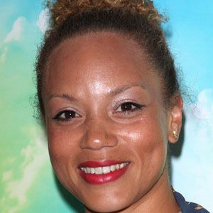 Angela Griffin 1 of 4