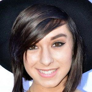 Christina Grimmie 1 of 6