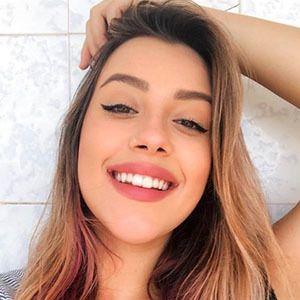 Isa Guerra 1 of 5