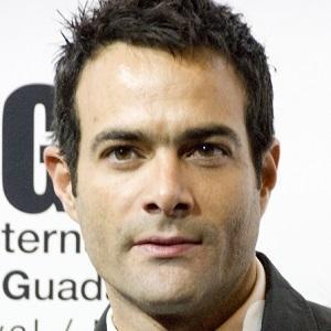 Luis Roberto Guzmán 1 of 3