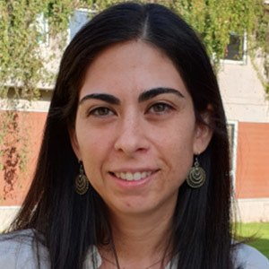 Viviana Guzman Headshot