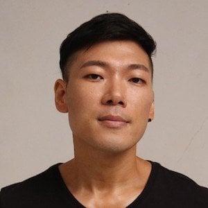 Hugh Gwon 1 of 4