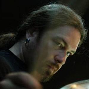Tomas Haake Headshot