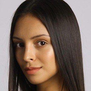Danielle Haden 1 of 8