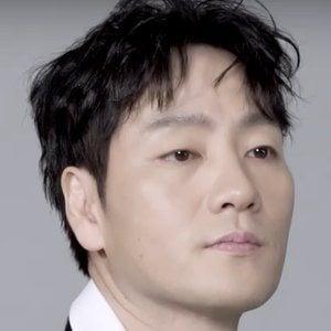 Park Hae-soo Headshot
