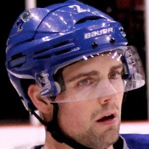 Dan Hamhuis Headshot