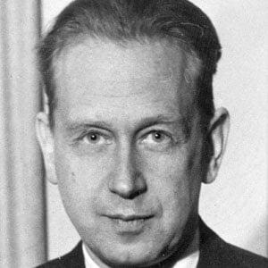 Dag Hammarskjold Headshot