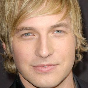 Ryan Hansen 1 of 5