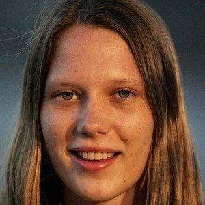 Brenna Harding Headshot