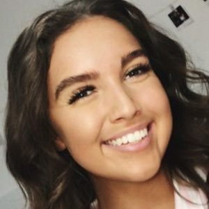Olivia Harriman 1 of 5